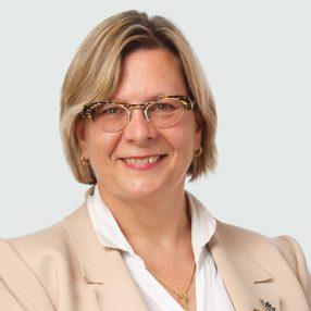 Helga Van Iderstine